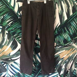 Banana Republic Emerson Chino 33x32